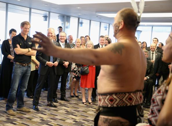 New Zealand Warriors「Prince Harry Meets The New Zealand Invictus Games Team」:写真・画像(2)[壁紙.com]