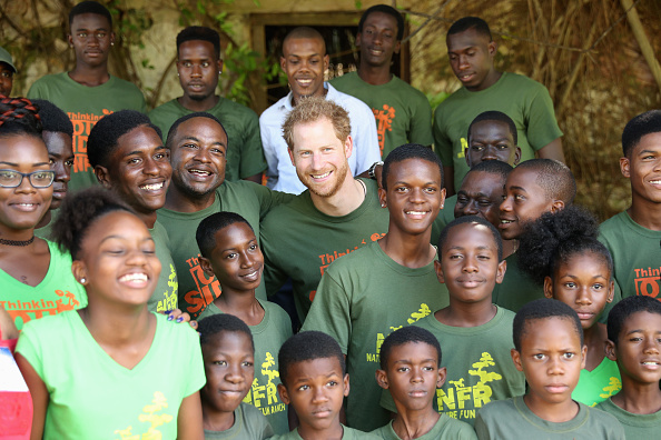 St「Prince Harry Visits The Caribbean - Day 11」:写真・画像(11)[壁紙.com]