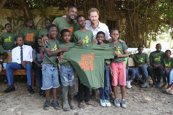 St「Prince Harry Visits The Caribbean - Day 11」:写真・画像(12)[壁紙.com]