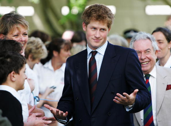 Humor「Prince Harry Tours Cardiff」:写真・画像(5)[壁紙.com]