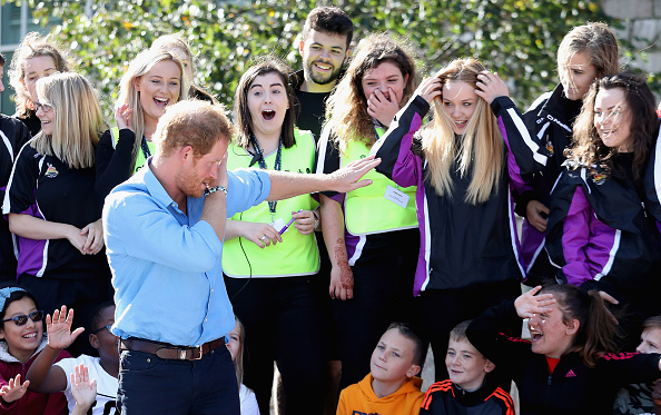 Human Interest「Prince Harry Visits Aberdeen」:写真・画像(19)[壁紙.com]