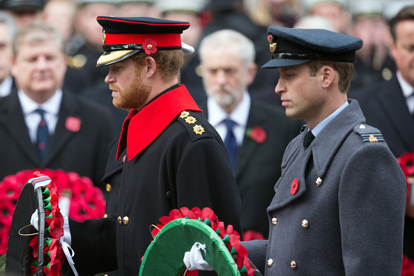 Uniform「The UK Observes Remembrance Sunday」:写真・画像(12)[壁紙.com]