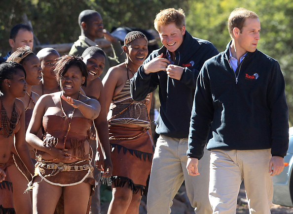 Environmental Conservation「Prince William and Harry Visit Botswana - Day 2」:写真・画像(3)[壁紙.com]