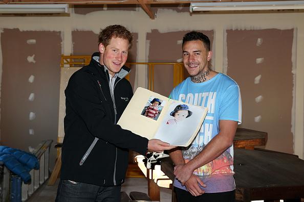 Three Quarter Length「Prince Harry Visits New Zealand - Day 5」:写真・画像(8)[壁紙.com]