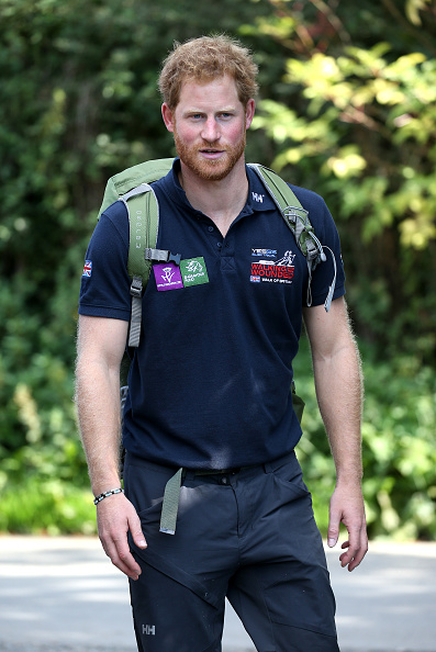 Casual Clothing「Prince Harry Joins Walking With The Wounded's Walk Of Britain」:写真・画像(16)[壁紙.com]
