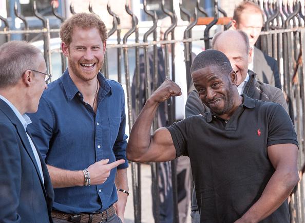 Laughing「Prince Harry Visits Nottingham」:写真・画像(16)[壁紙.com]