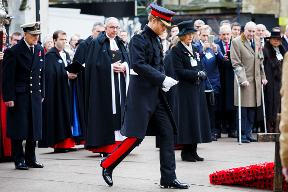 Tristan Fewings「Duke Of Edinburgh And Prince Harry Visit The Fields Of Remembrance」:写真・画像(17)[壁紙.com]