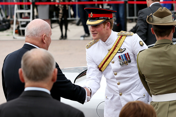 Visit「Prince Harry Arrives In Australia Ahead Of His Military Secondment With Australian Defence Force」:写真・画像(8)[壁紙.com]