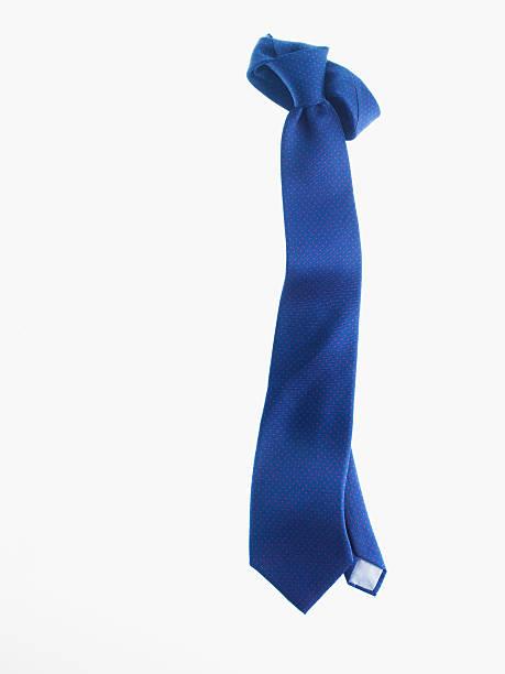 Blue necktie:スマホ壁紙(壁紙.com)