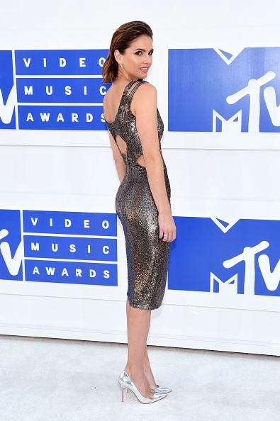 Alternative Pose「2016 MTV Video Music Awards - Arrivals」:写真・画像(19)[壁紙.com]