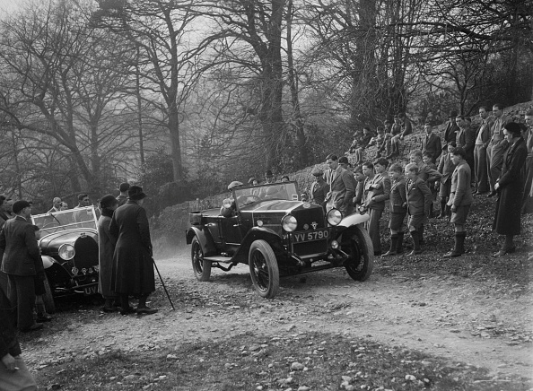 Religious Icon「OM open 4-seat tourer, Bugatti Owners Club Trial, Nailsworth Ladder, Gloucestershire, 1932」:写真・画像(9)[壁紙.com]