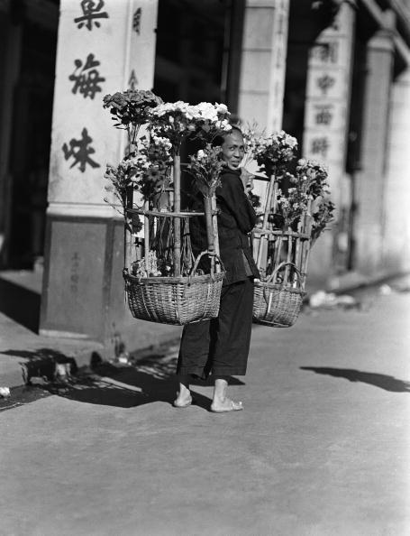 1930「Paper flower vendor」:写真・画像(12)[壁紙.com]