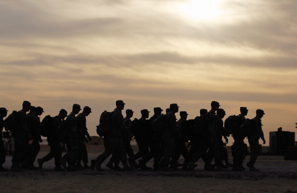 Iraq「U.S. Forces Withdraw From Iraq Into Kuwait, After 8-Year Presence」:写真・画像(17)[壁紙.com]