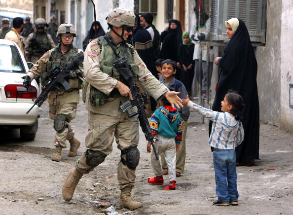 Strategy「U.S. Troops Patrol Baghdad As Country Awaits Election Results」:写真・画像(18)[壁紙.com]