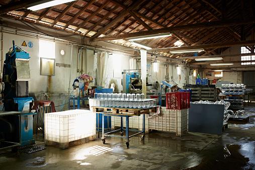 Glass Factory「Glass factory workshop」:スマホ壁紙(18)