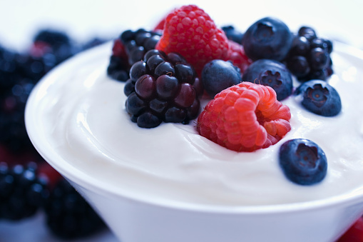 Yogurt「Yogurt and fruit.」:スマホ壁紙(18)