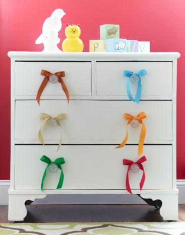 朗らか「Dresser in child's room.」:スマホ壁紙(3)