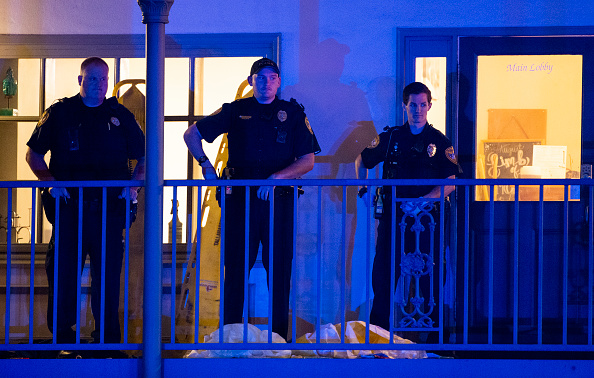 Tallahassee「Multiple Injuries Reported After Shooting At Yoga Studio In Florida」:写真・画像(5)[壁紙.com]