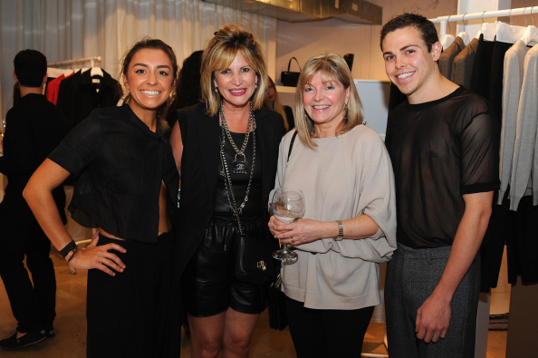 "Condiment「Maison Martin Margiela & Relish Join Forces For ""Tabi Shoe Maker"" Exhibition」:写真・画像(6)[壁紙.com]"