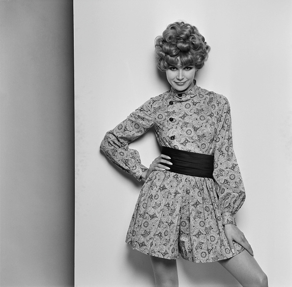 Mini Dress「Fashion, 1968」:写真・画像(6)[壁紙.com]