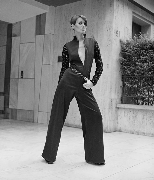 Jumpsuit「Yves Saint Laurent Fashion」:写真・画像(1)[壁紙.com]