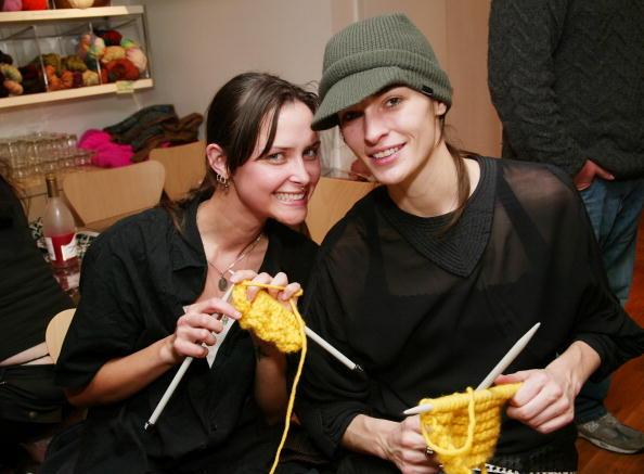 Evan Agostini「IMG Models Knitting Party」:写真・画像(10)[壁紙.com]