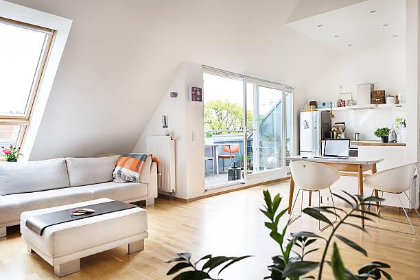 Empty attic flat:スマホ壁紙(壁紙.com)