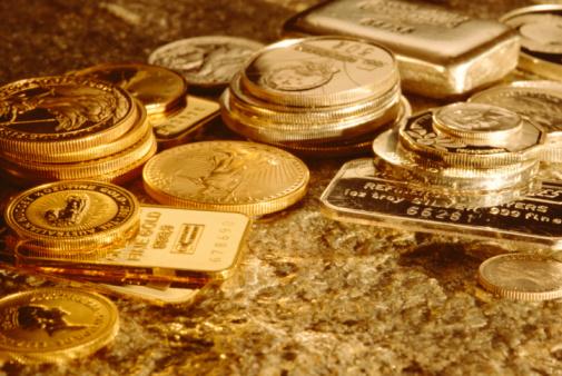 Цены на золото опять скоропостижно падают