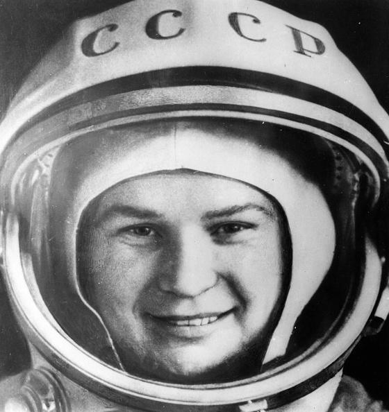 Only Women「Space Woman」:写真・画像(4)[壁紙.com]
