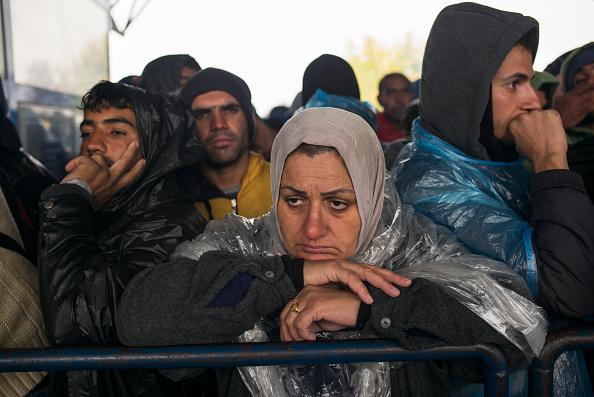 Waiting「Refugees In Croatia」:写真・画像(8)[壁紙.com]