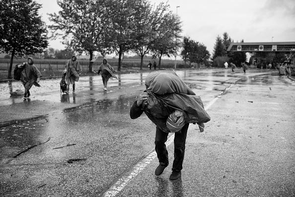 Tom Stoddart Archive「Refugees In Croatia」:写真・画像(1)[壁紙.com]