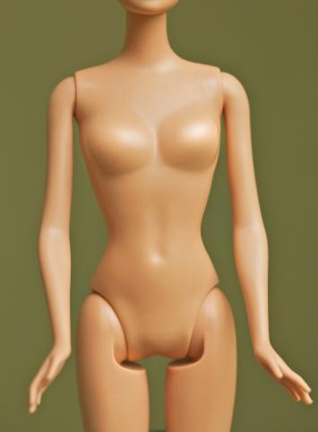 Fashion Doll「fashion doll manipulated to have big chest」:スマホ壁紙(19)