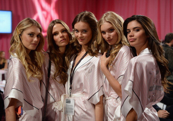 Fashion Model「2013 Victoria's Secret Fashion Show - Hair & Makeup」:写真・画像(12)[壁紙.com]