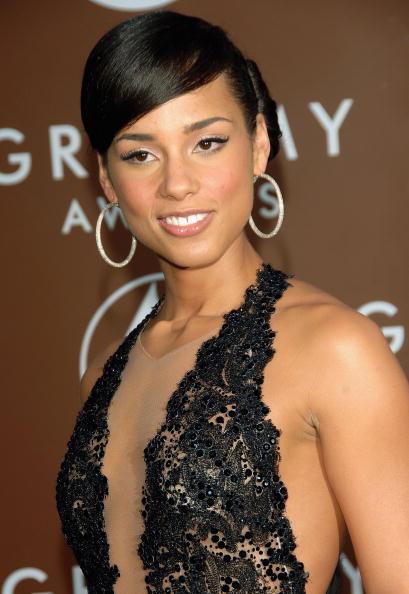 Sweeping「48th Annual Grammy Awards - Arrivals」:写真・画像(13)[壁紙.com]