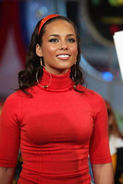 Guest「MTV TRL With Eve, Bow Wow & Alicia Keys」:写真・画像(4)[壁紙.com]