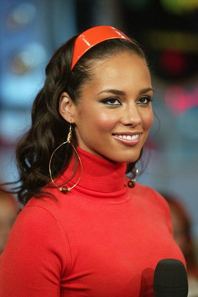 Guest「MTV TRL With Eve, Bow Wow & Alicia Keys」:写真・画像(3)[壁紙.com]