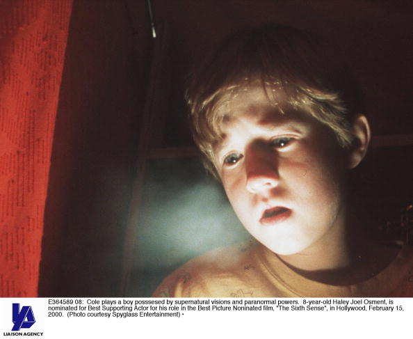 映画「Cole Plays A Boy Posssesed By Supernatural Visions And Paranormal Powers 8 Year Old Hal」:写真・画像(11)[壁紙.com]