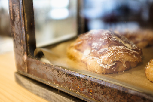 Bakery「USA, New Jersey, Close-up of croissant in bakery」:スマホ壁紙(7)