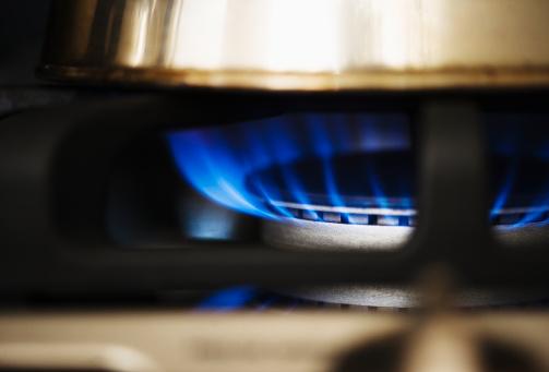 Flame「USA, New Jersey, Jersey City, Close-up of gas stove burner」:スマホ壁紙(6)