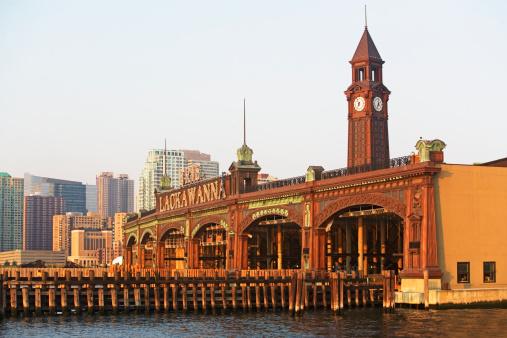New Jersey「USA, New Jersey, Hoboken, Historic train station」:スマホ壁紙(18)