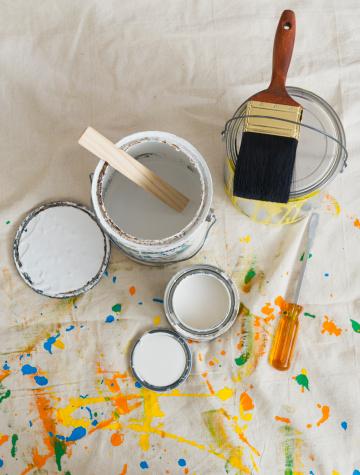 日曜大工「USA, New Jersey, Jersey City, Paint cans and paintbrushes on drop cloth」:スマホ壁紙(18)