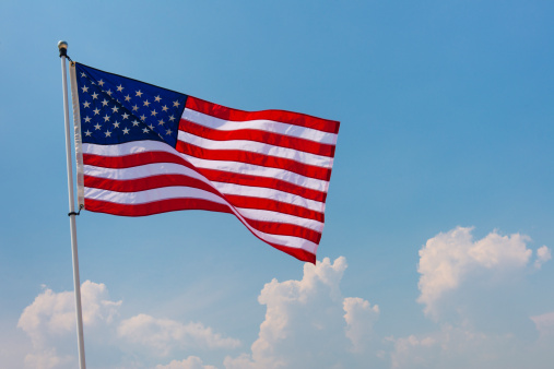 Patriotism「USA, New Jersey, Jersey City, US flag against blue sky」:スマホ壁紙(1)