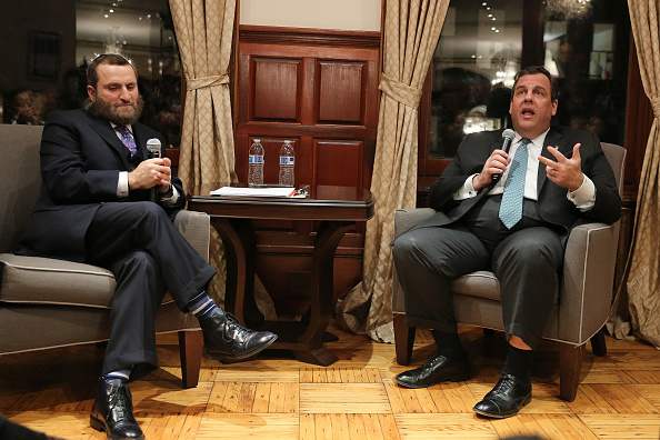 United States Presidential Election「New Jersey Governor Chris Christie In Conversation With Rabbi Shmuley」:写真・画像(18)[壁紙.com]