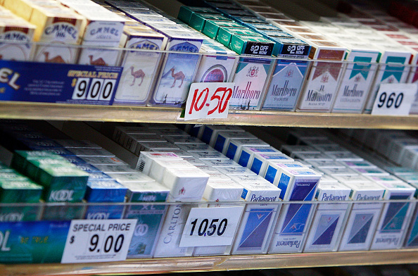 Cigarette「Largest Ever Federal Tobacco Tax Hits Cigarette Smokers」:写真・画像(9)[壁紙.com]