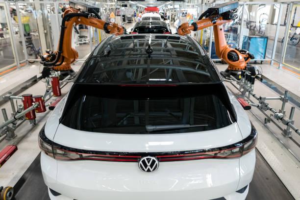 Volkswagen Revs Up ID.4 Electric Car Production:ニュース(壁紙.com)