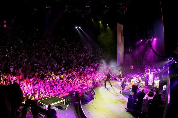 Popular Music Concert「KROQ Weenie Roast Y Fiesta 2008」:写真・画像(5)[壁紙.com]