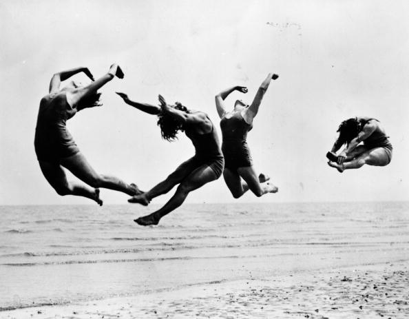 Dancing「Beach Exercise」:写真・画像(13)[壁紙.com]
