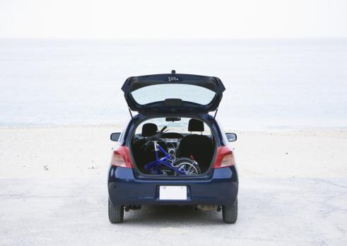 趣味・暮らし「Car trunk」:スマホ壁紙(8)