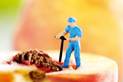 Peach「Figurine drilling peach stone」:スマホ壁紙(2)