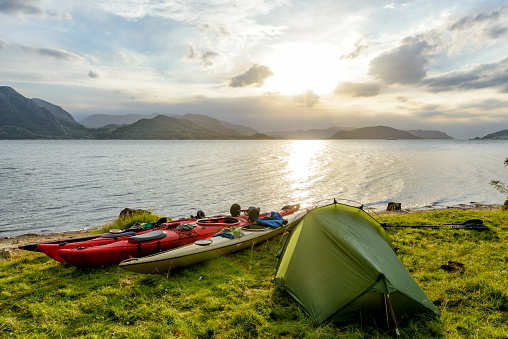 Aquatic Sport「Camping and Kayaking in a Fjord in Norway during summer」:スマホ壁紙(2)